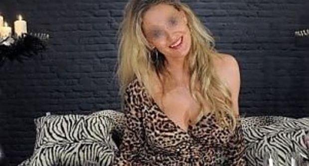 Laura lion sex