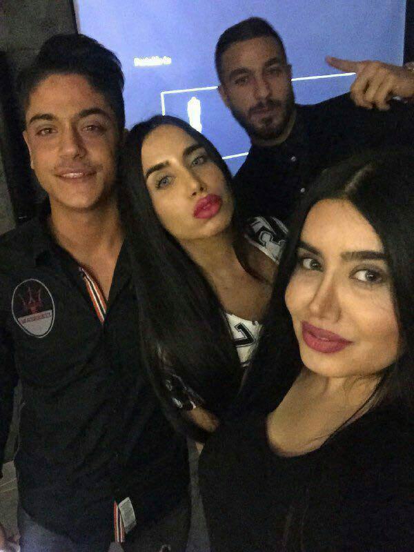 Sosha-Makani-with-women-1 (1)