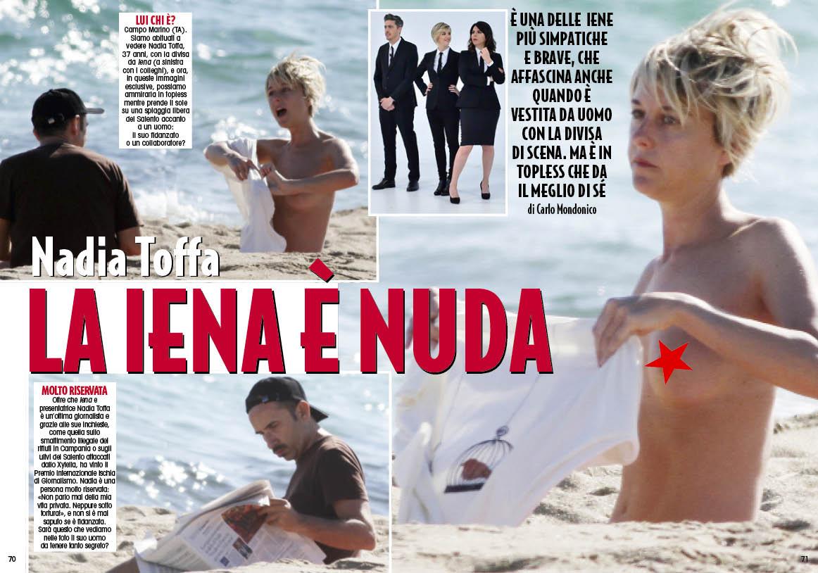 """Nadia Toffa in topless: la """"Iena"""" in riposo al sole con l'amico misterioso"""