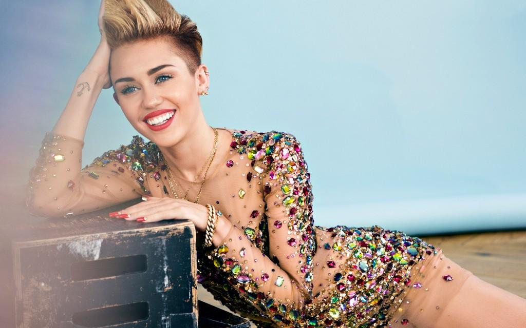 Miley-Cyrus-2-1024x640 (1)